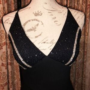 JS Boutique Black sequence gown  size 4  sleeveles